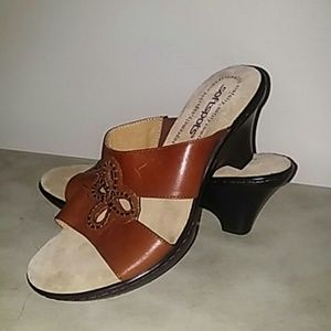 Softspots Brown Leather Mule Sandal 6W